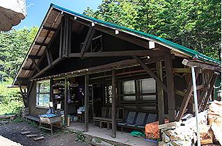 焼岳小屋の営業期間変更について